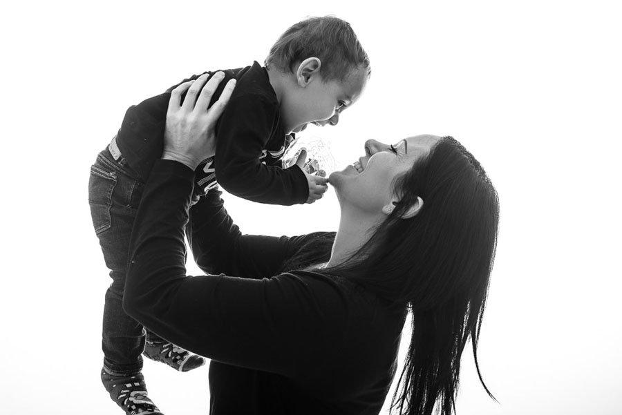 Fotografo Festa della Mamma bambini famiglia studio Milano Stefano Pedrelli